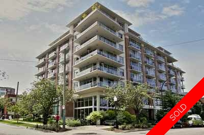 Mount Pleasant VE Condo for sale:  2 bedroom 909 sq.ft. (Listed 2016-12-04)